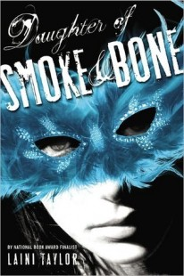 BOOK REVIEW – Daughter of Smoke & Bone (Daughter of Smoke & Bone #1) by Laini Taylor
