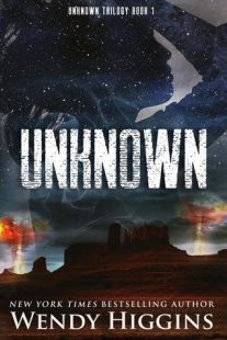 BOOK REVIEW – Unknown (Unknown #1) by Wendy Higgins